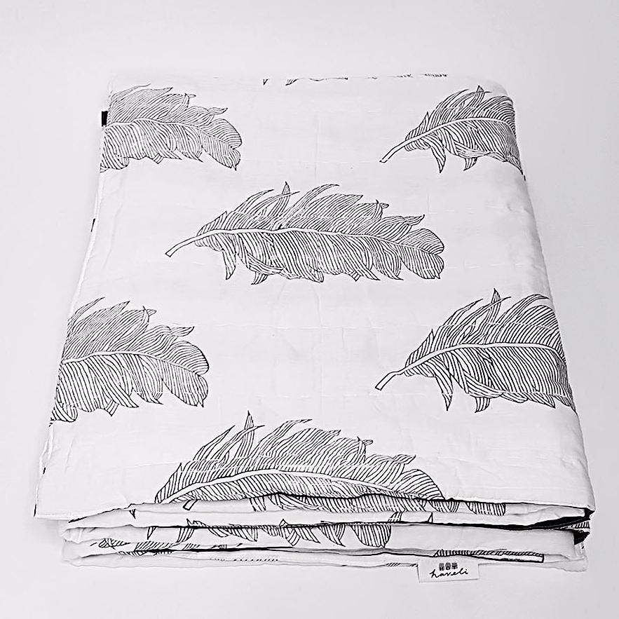 hot haveli alva hand block print monochrome botanical stripe bedspread