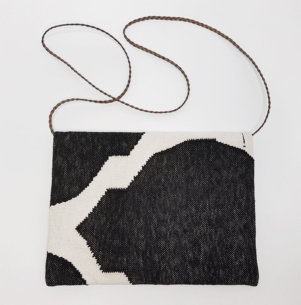 hot haveli eartha dhurrie shoulder bag black and white strap