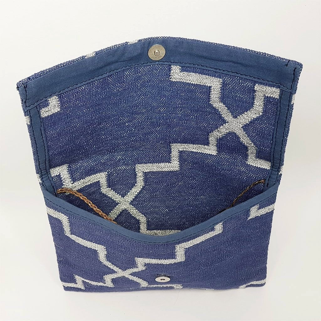 hot haveli eartha dhurrie shoulder bag indigo and silver inside