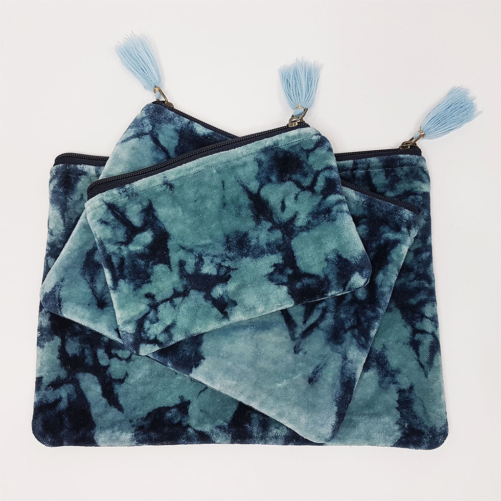 hot haveli lahela hand tie dye velvet cotton pouch set
