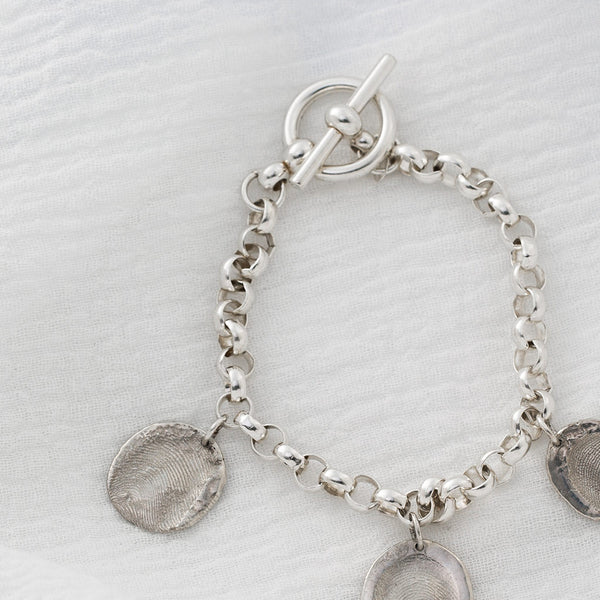 7.5 in Sterling Silver Rolo Bracelet with Toggle Clasp Detail