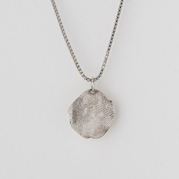 Priceless Prints Fine Silver Fingerprint Pendant Detail