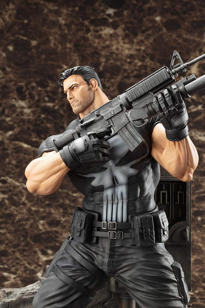 Kotobukiya MARVEL Universe The Punisher Fine Art Statue Action Figure 1/6