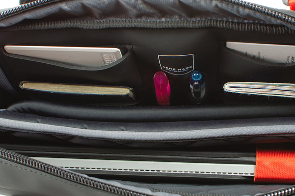 North Point Attaché (comes with FREE Mini Spring-top Pouch AM11511 - July 15-31!)