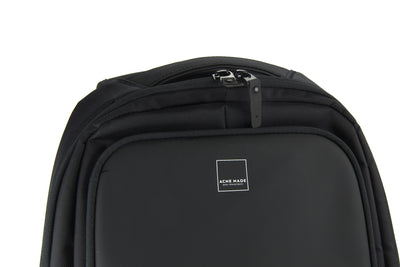 Union Street Commuter Backpack Zipper Detail