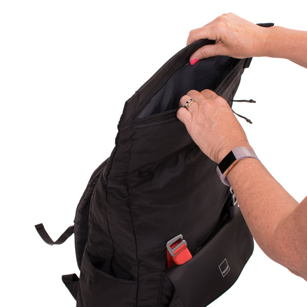 NEW! North Point Venturer Backpack (comes with FREE Mini Spring-top Pouch AM11511 - July 15-31!)
