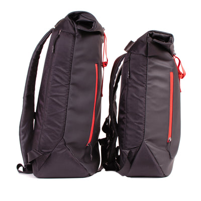 Comparison of 16L Large Roll-top and 15L Medium (this bag)