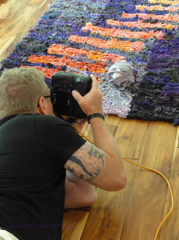 Shooting the Rugs for Knitting Fabric Rugs