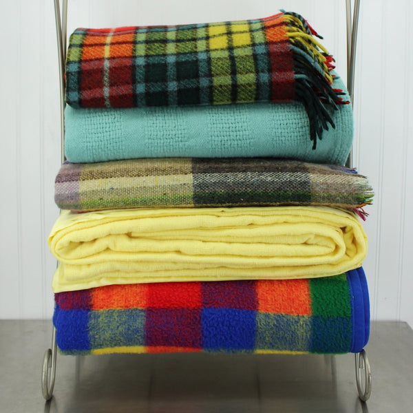 Patzi Blankets Bedding - Vintage Antique & Pre-owned