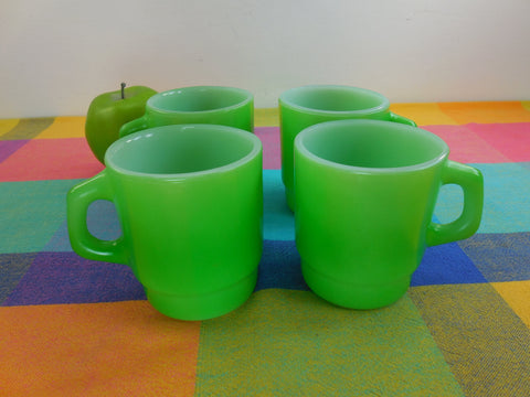 Anchor Hocking 4 Set Vintage Lime Green Glass Coffee Mugs Cups