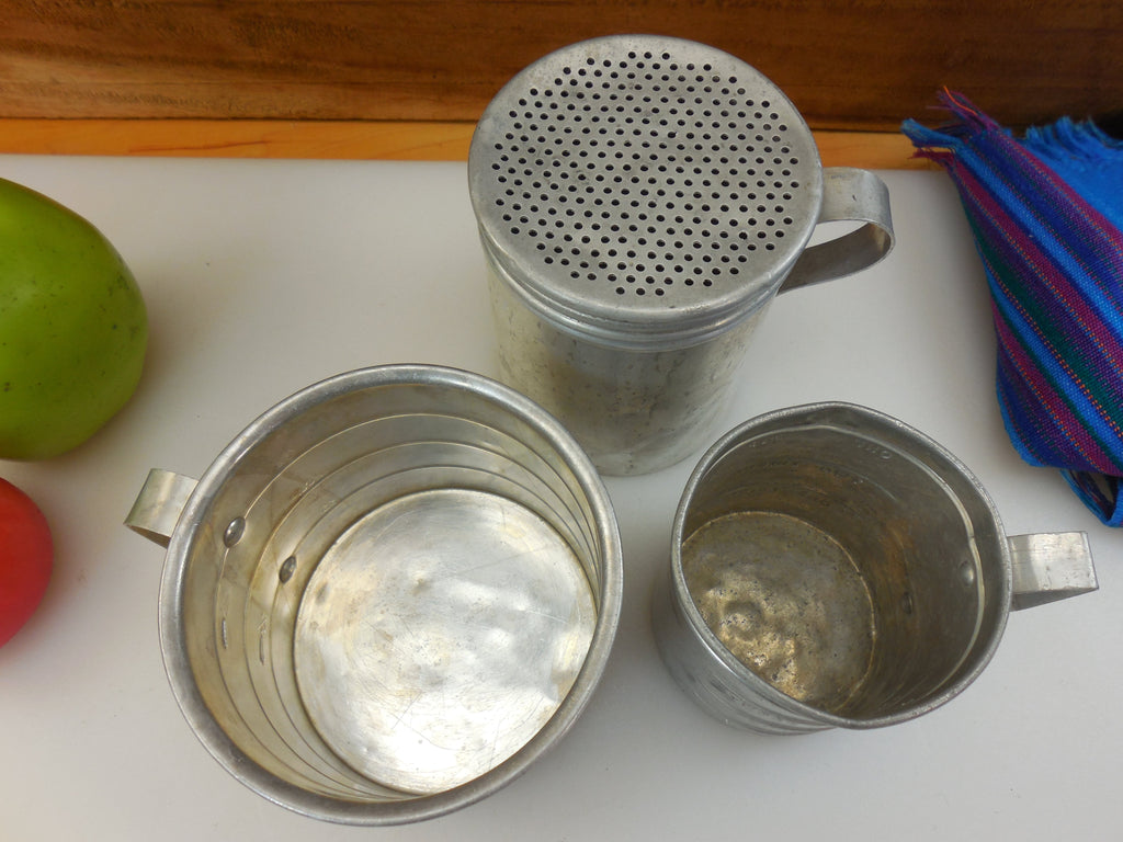 aluminum metal vintage measuring cups 1 amp 2 cup and