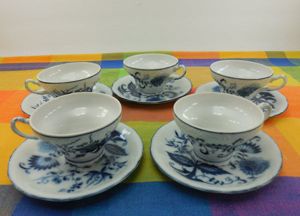 Arnart Japan - 5 Blue Onion China Cups and Saucers - Crossed Arrow Mark