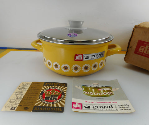 BFB W. Germany Royal Glazed Steel NOS 2 Quart Ornamentique Yellow Sauce Pot - Box Papers