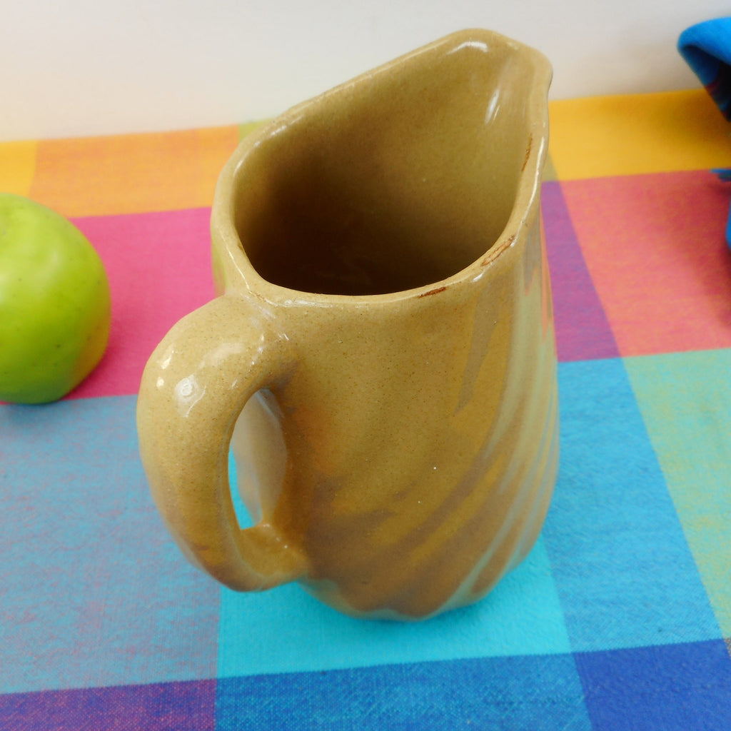 "Bybee Pottery Kentucky Vintage Tan Swirl Band Pitcher 6.5"" D Handle"