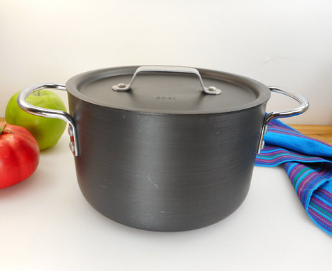 Commercial Cookware Calphalon 3-1/2 Quart Dutch Oven Pot & Lid - Vintage Anodized Aluminum
