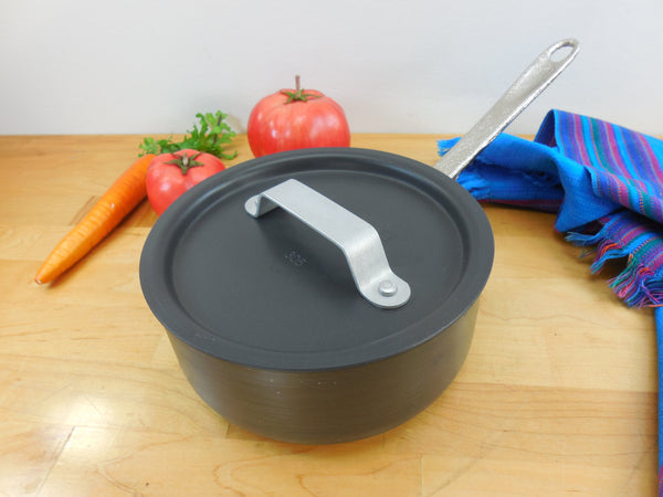 Calphalon USA Commercial Cookware Toledo USA - Small 1 Quart Saucepan and Lid - Hard Anodized