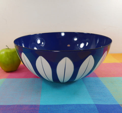 "Cathrineholm Norway Large 11"" Enamelware Bowl - Blue with White Lotus Full Petals"