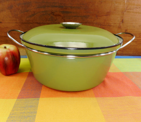 Cathrineholm Norway Solid Avocado Green Dutch Oven 5 Quart Casserole Pot - No Lotus