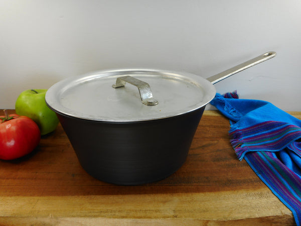 SOLD... Commercial Cookware Toledo USA (Calphalon) - 3.5 Quart Windsor Sauce Pan - Hard Anodized