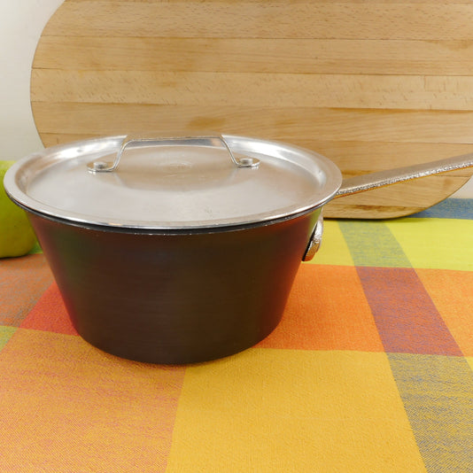 Commercial Cookware Toledo USA (Calphalon) 2-1/2 Quart Windsor Saucepan - Hard Anodized