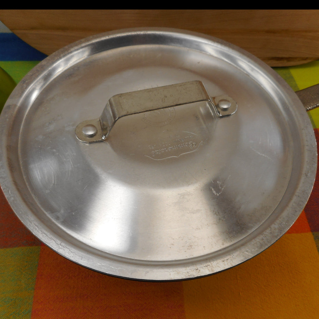 Commercial Cookware Toledo USA (Calphalon) 2-1/2 Quart Windsor Saucepan - Hard Anodized with Lid