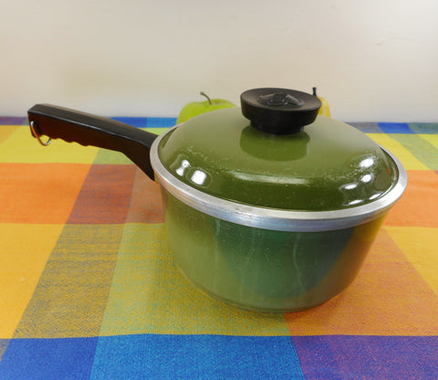 Club Aluminum USA 1-3/4 Quart Sauce Pan Lid Avocado Green - Mid Century Vintage Cookware