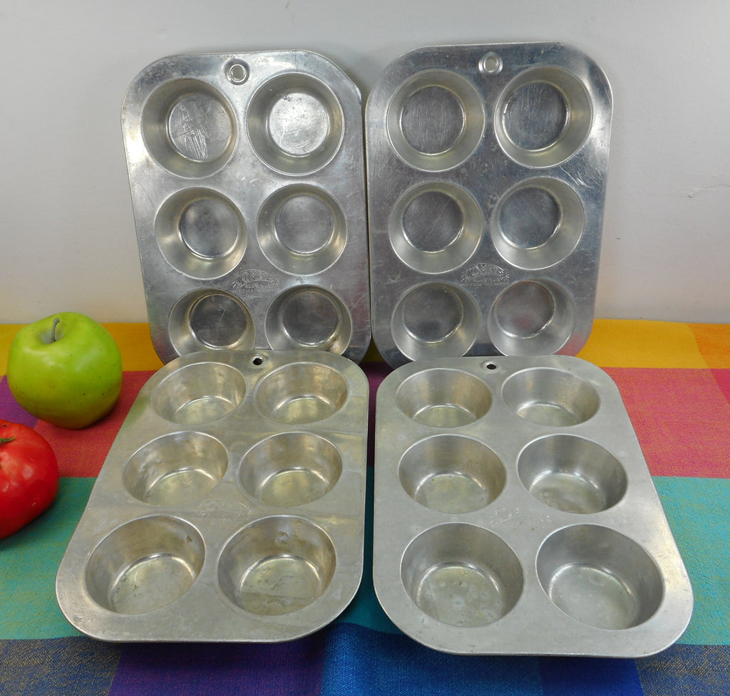 Comet USA Vintage Aluminum Muffin Cupcake Pans - Set of 4 - 6 Hole