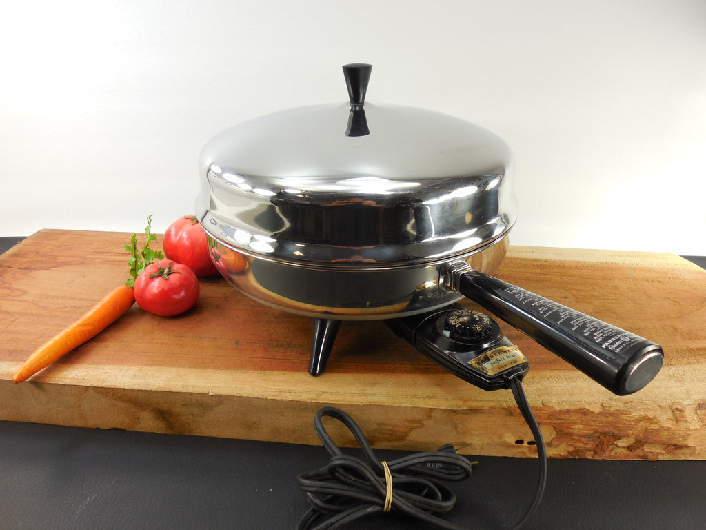Sold Farberware 12 Quot Fry Pan Electric Skillet