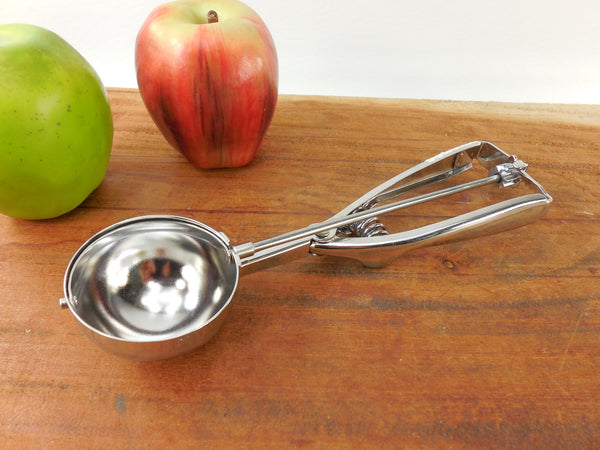 "SOLD... Piazza Italy #20 2.25"" Food Server Portioner - Ice Cream Scoop Utensil - Inox 18/10 Stainless"