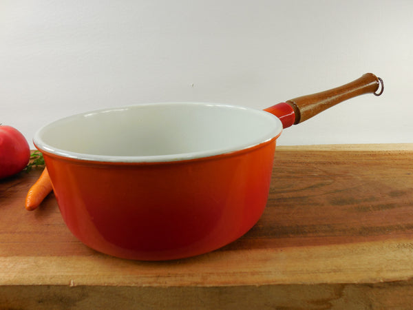 Descoware Belgium 2 Quart Saucepan - 20cm Flame Red Orange Enamel Cast Iron - Vintage Cookware