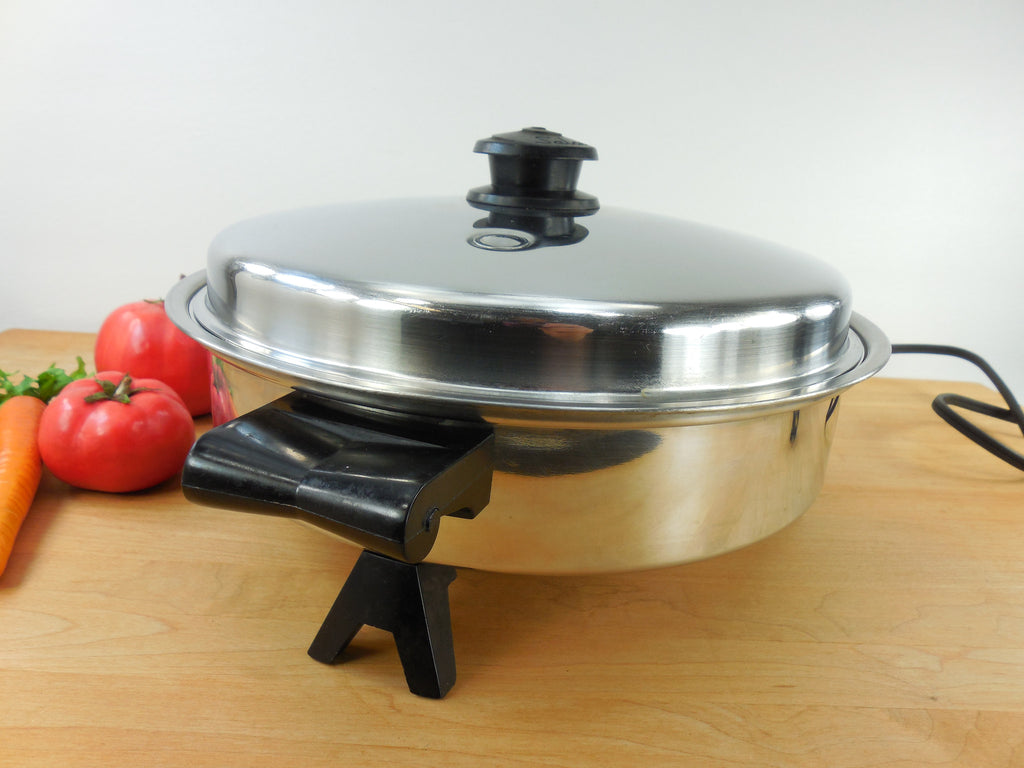 Sold Saladmaster Oil Core Electric Skillet Model 7817