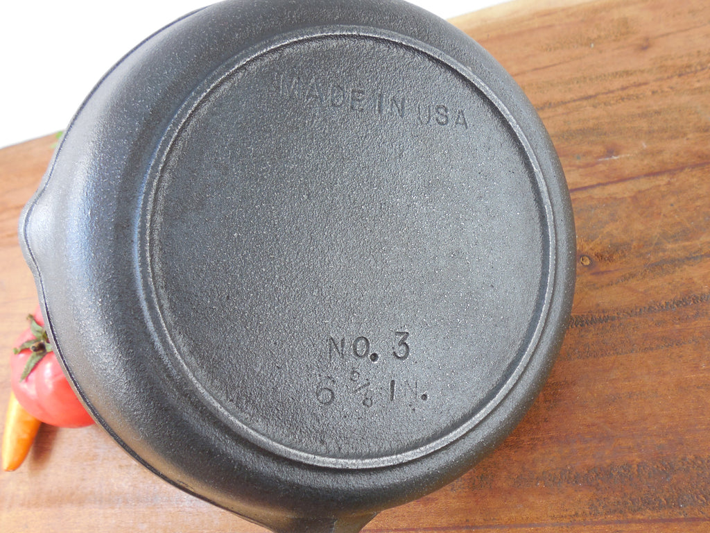 Sold Bsr Century Series 3 Cast Iron Skillet Fry Pan