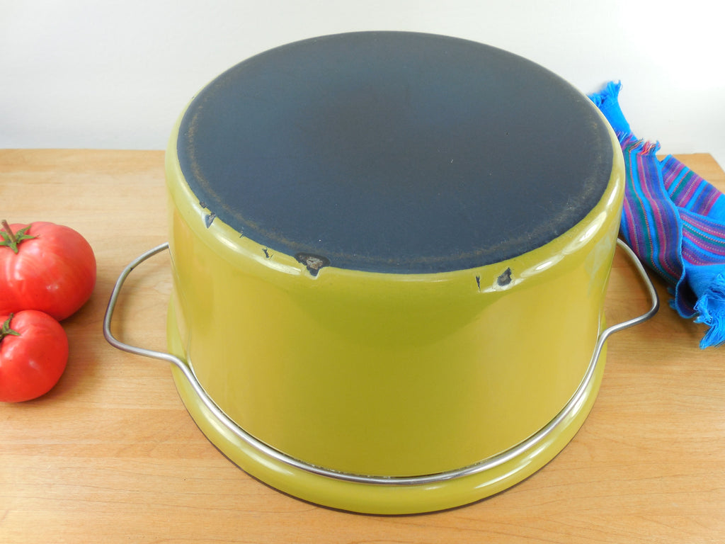 Vintage Cathrineholm Norway - Large 8 Qt Dutch Oven Bottom