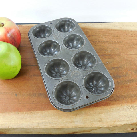 Vintage Ekco 880 Chicago - Tin Steel Muffin Pan