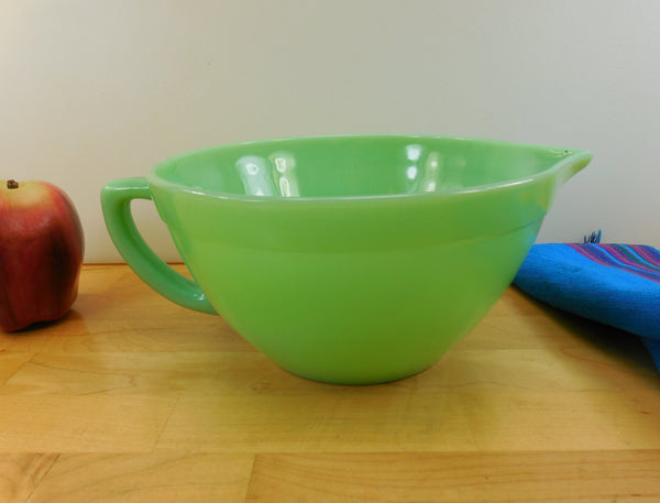 Fire King Jadeite Mixing Batter Bowl - Pour Spout - Vintage Glass Kitchenware