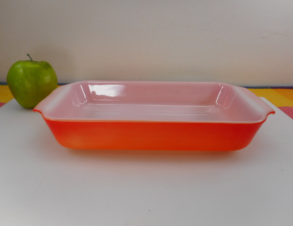 Fire King Anchor Hocking USA - Flame Orange/Red 1-1/2 Quart Glass Casserole Baking Dish Vintage