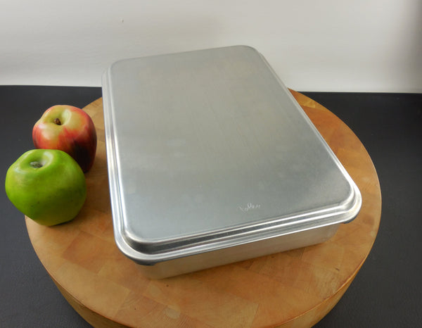 Vintage Foley Aluminum Cake Brownie Pan with Snap Lid/Cover
