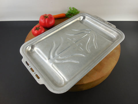 Hammered Aluminum Roaster Pan... Forman Family USA