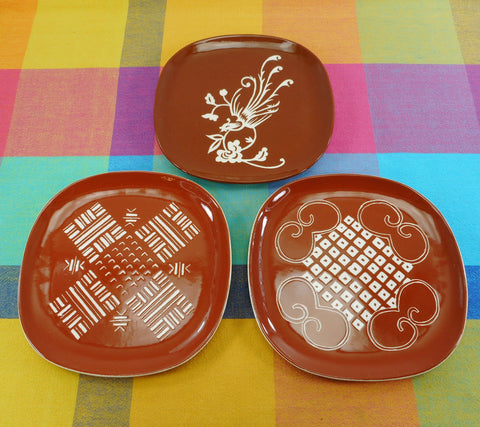 Arts Crafts Colony Signed G.C.S. 1950s Square Plates Brown White Pottery