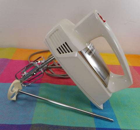 GE General Electric Hand Held Electric Mixer - 56M17 Vintage White
