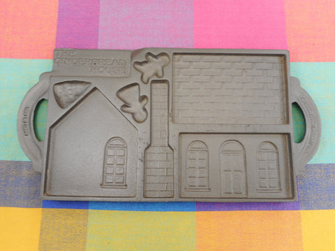 John Wright 1985 Cast Iron Gingerbread House Cookie Mold Pan