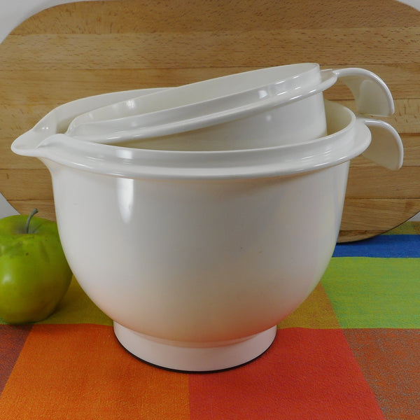 Guzzini Italy Pair White Plastic Kitchen Mixing Bowls