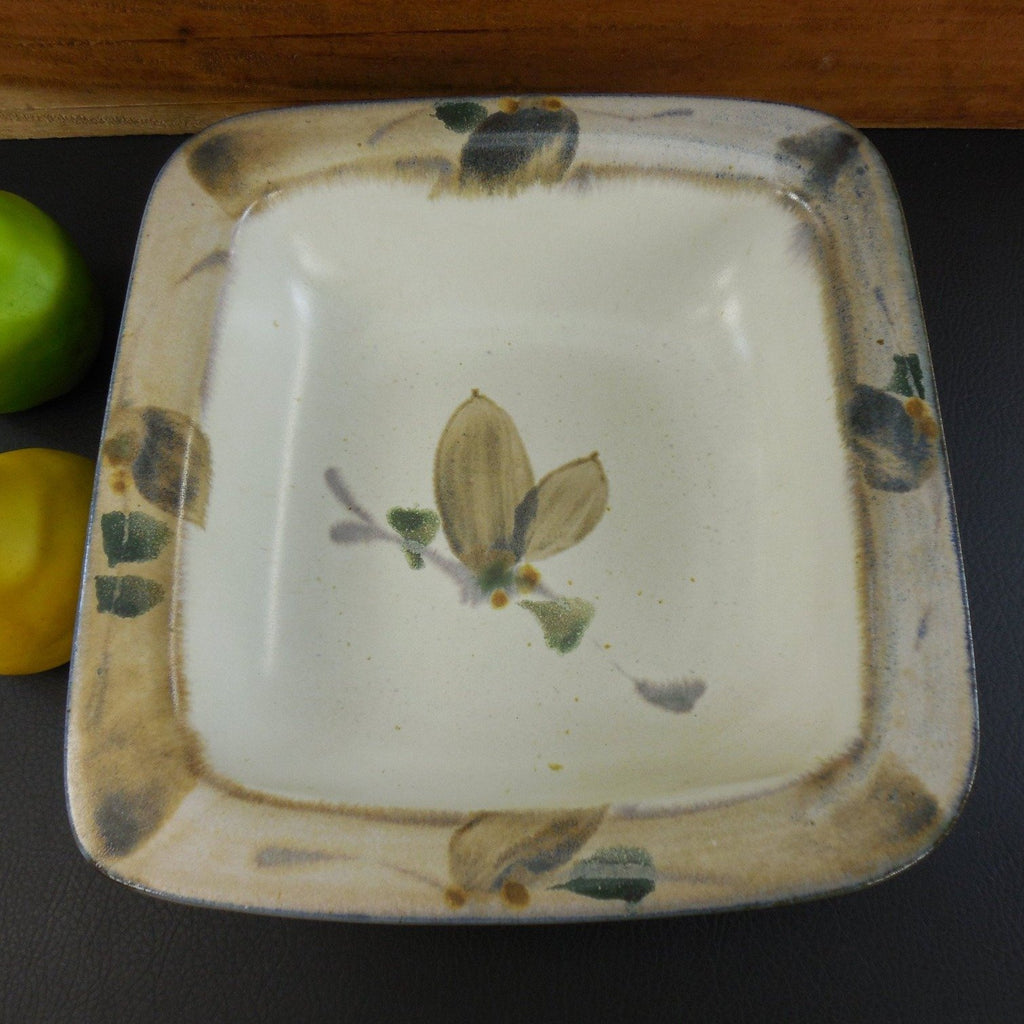 Harriet Hiemstra - Large Serving Table Bowl - Signed Art Studio Pottery top