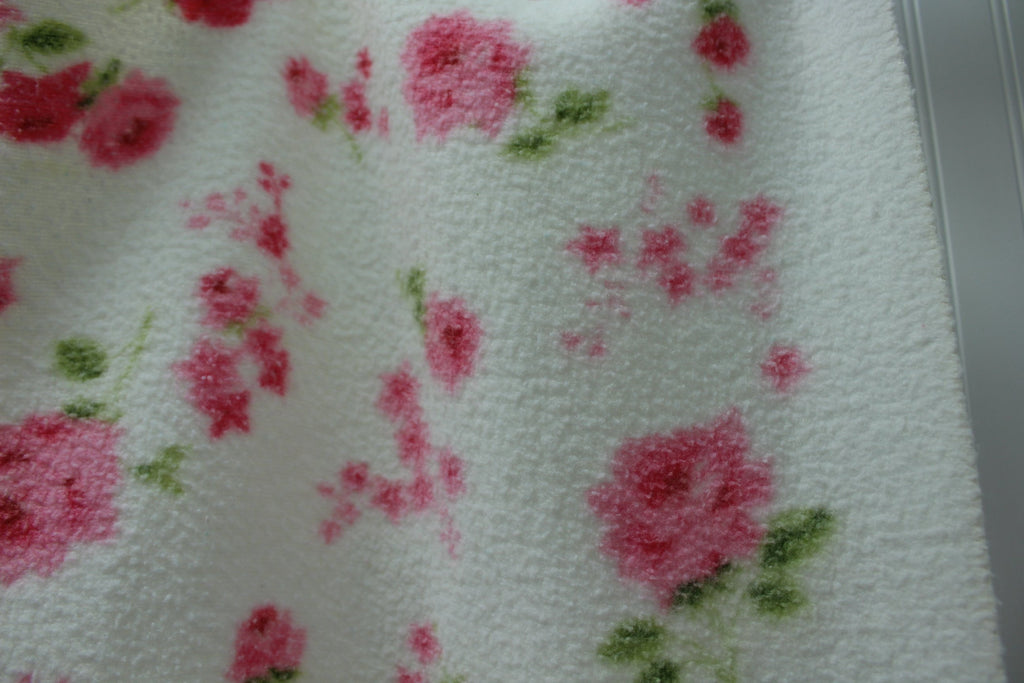 "Poly Cotton Blanket Flowers White Pink Vintage Cottage Chic 69""X82"" roses"