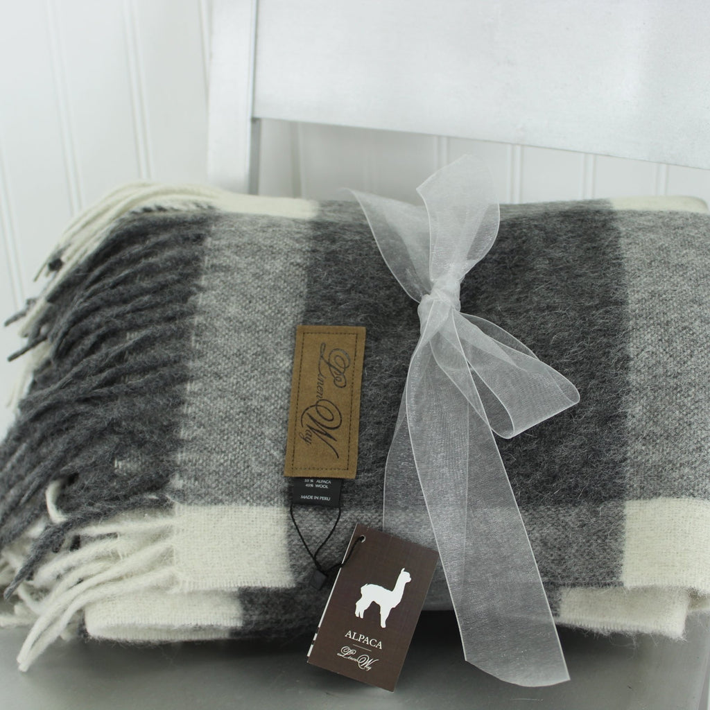 Linen Way Throw Blanket  Alpaca Wool Luscious Grey White Cabot M'ment Logo