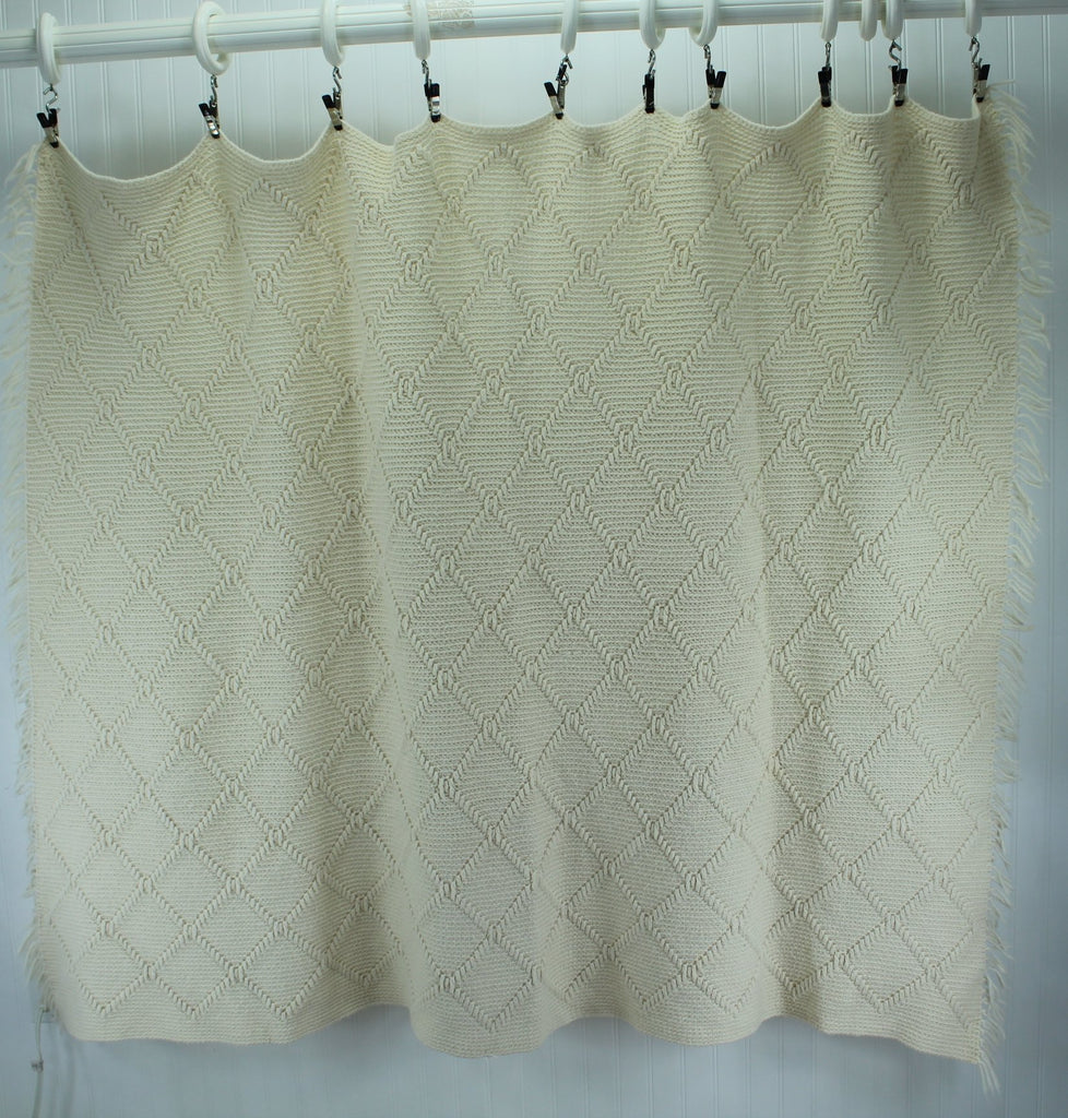 "Hand Made Afghan Dimensional Design Acrylic Blend Throw Ivory 45"" X 71"" Knotted Fringe decorator"