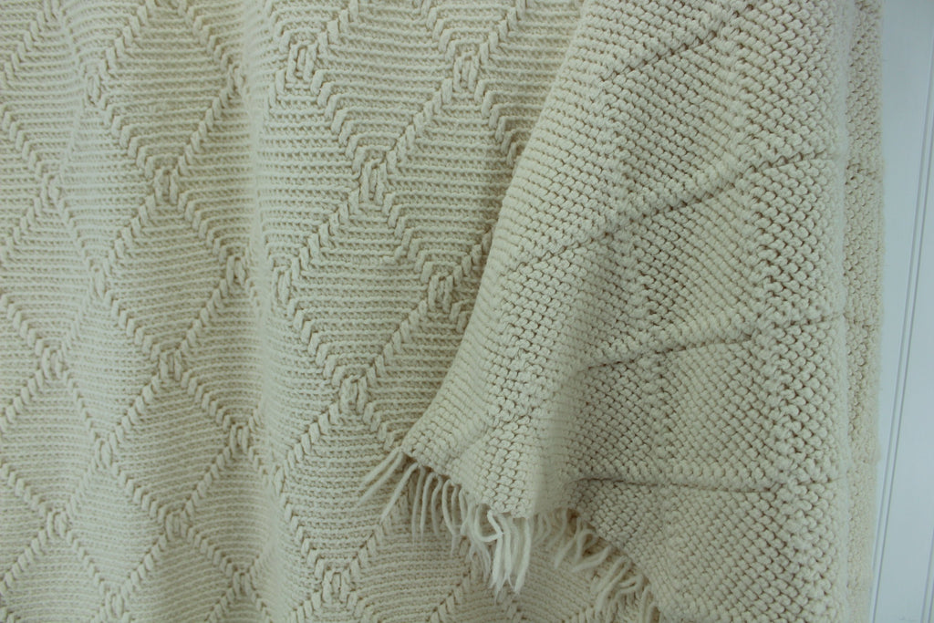 "Hand Made Afghan Dimensional Design Acrylic Blend Throw Ivory 45"" X 71"" Knotted Fringe artisan"