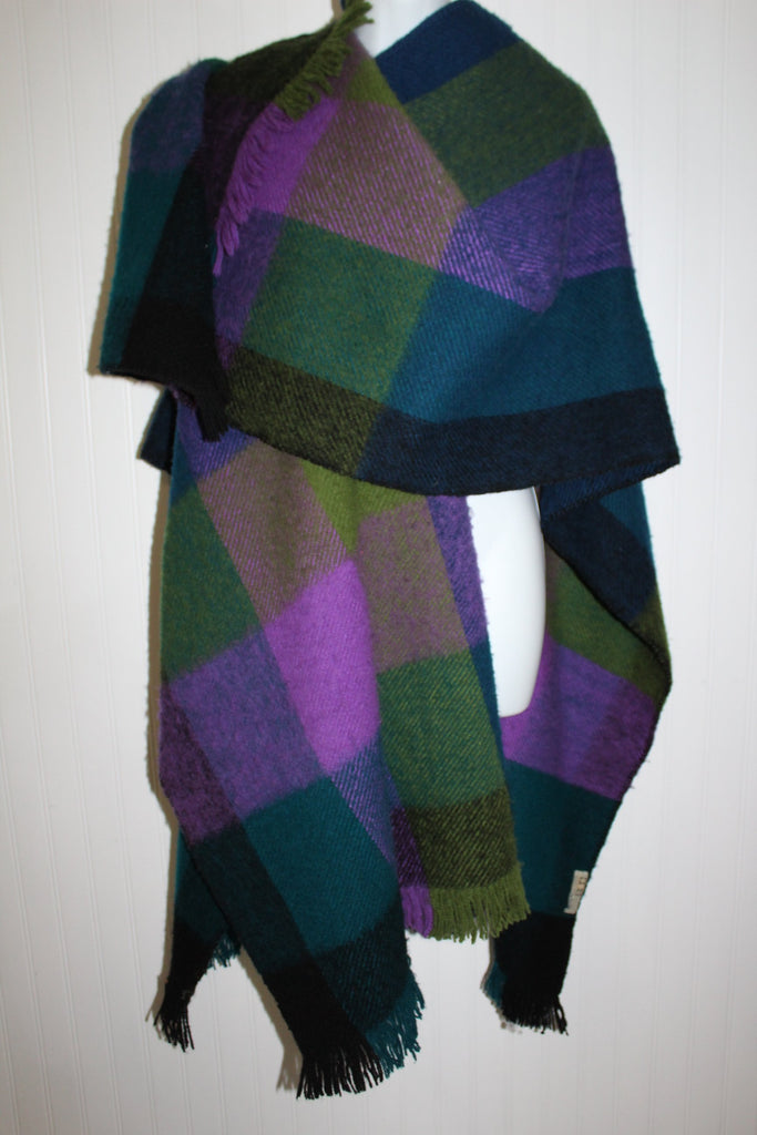 Columbia SA Wool Ruana Poncho Marlene Ziam Green Blue Turquoise Purple Heavy Thick Andes Style collectible