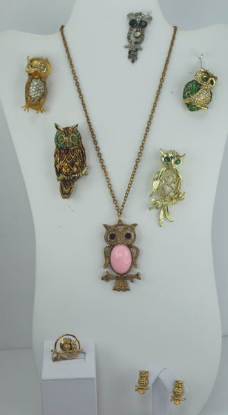 OWLS Jewelry Lot 8 Pieces Necklace Pins Earrings Vintage Crystals Pink Jelly B MOP Wearables