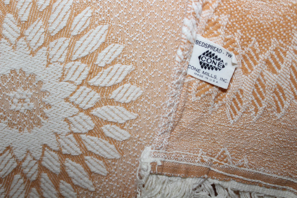 Cone Mills Bedspread Coverlet Tan Ivory Twin Matelasse Woven Cotton Vintage  collectible